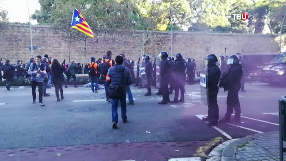 Уличные протесты в кеспорядки в Каталонии
