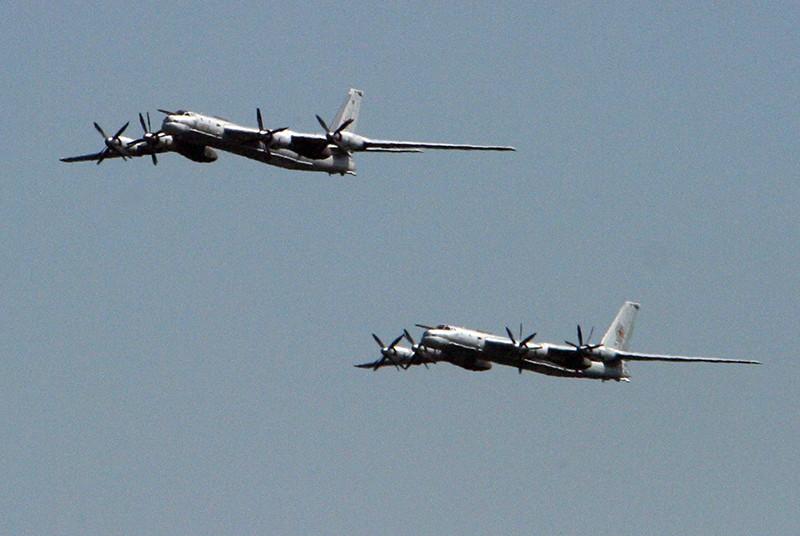 Самолеты дальней авиации ВКС России Ту-95МС