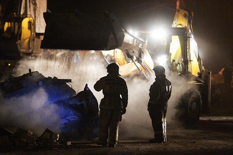 Разбор завалов пожарно-спасательными подразделениями МЧС