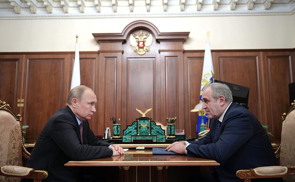 Владимир Путин и Сергей Неверов