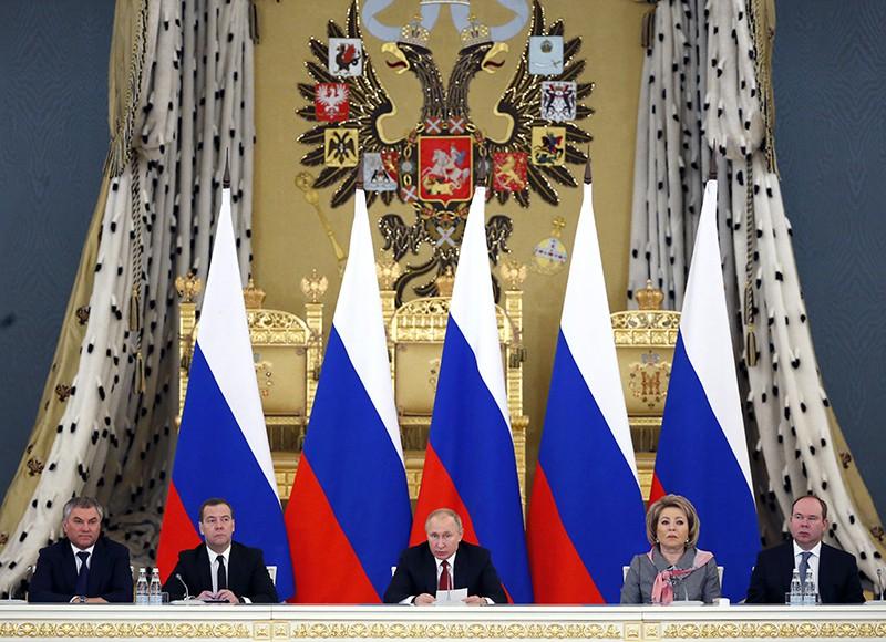 Владимир Путин проводит заседание Госсовета
