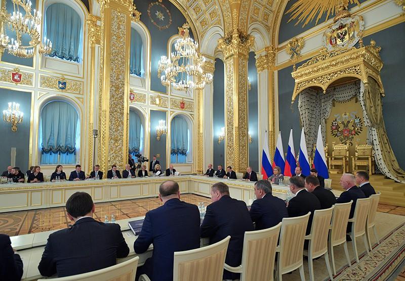Владимир Путин проводит заседание Государственного совета