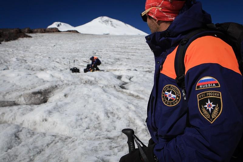 Опубликовано видео с места схода смертоносной лавины