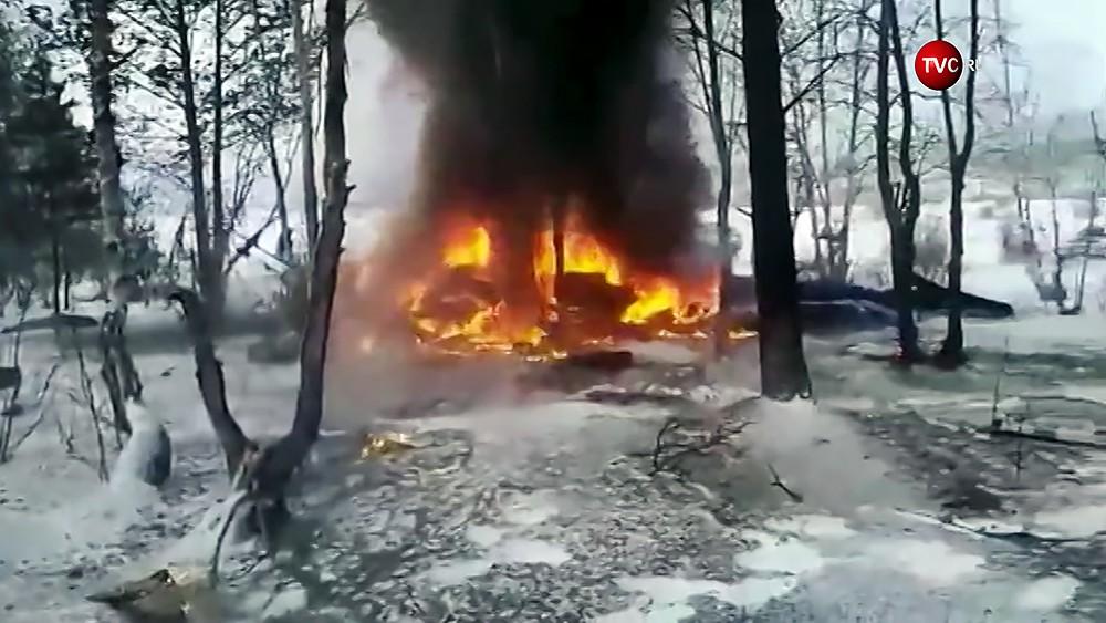 Место падения вертолета на базу отдыха в Бурятии