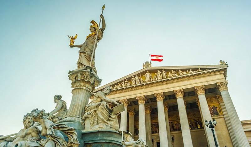 Здание австрийского парламента в Вене