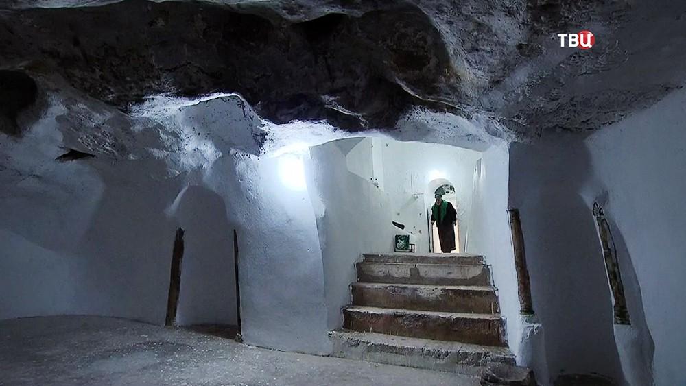 Пещера Каина в Сирии