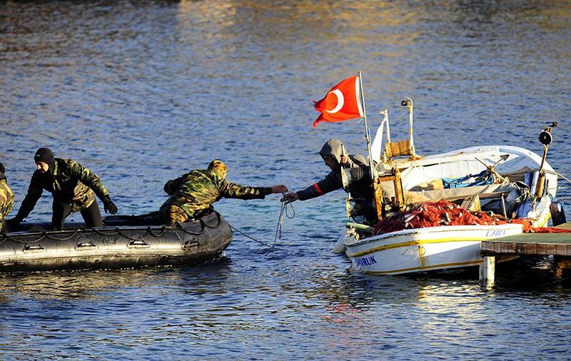 Турецкие спасатели и береговая охрана