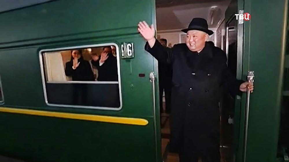 Глава КНДР Ким Чен Ын в поезде