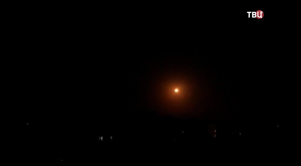Воздушные атаки в небе над Дамаском