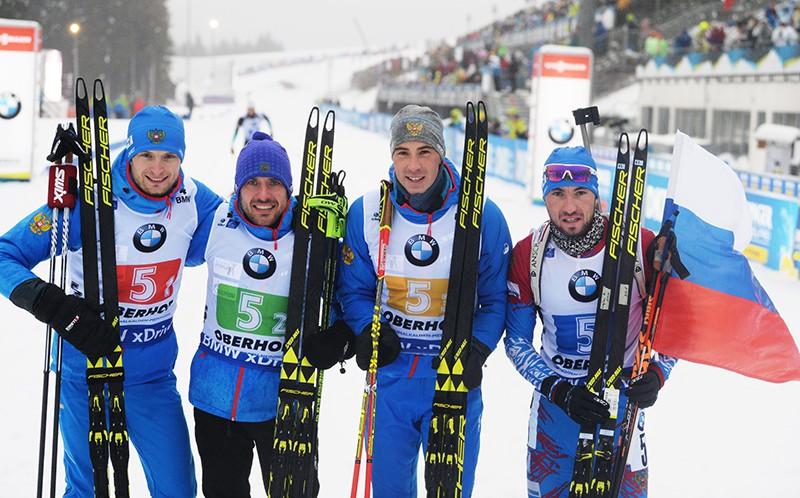 Максим Цветков, Евгений Гараничев, Дмитрий Малышко, Александр Логинов, занявшие первое место в эстафете среди мужчин