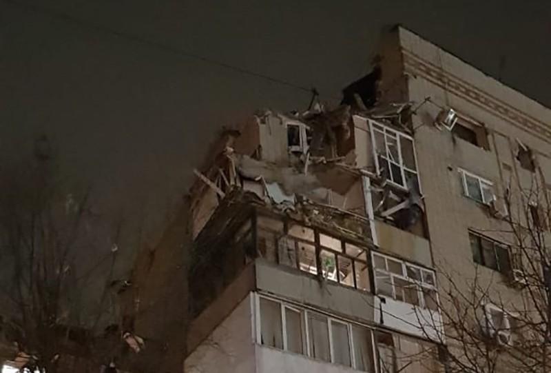 Взрыв газа в доме в Шахтах