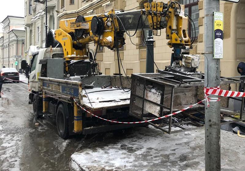 Место падения рабочих