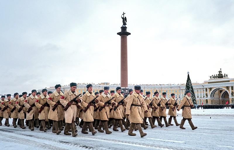 Парад в честь 76-летия снятия блокады Ленинграда