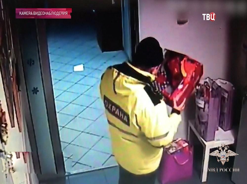 Ограбление тяжелобольных детей в Москве попало на видео