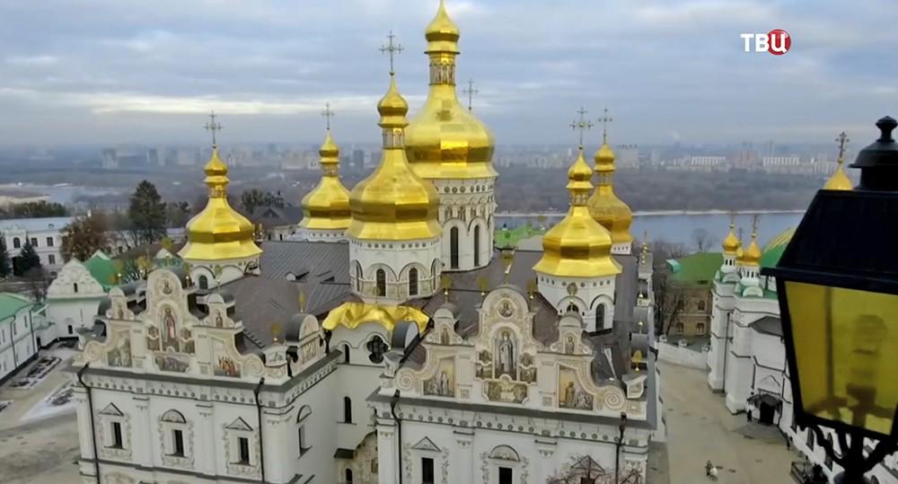 """Смотрите в 22:30 специальный репортаж """"Папа всея Украины"""""""