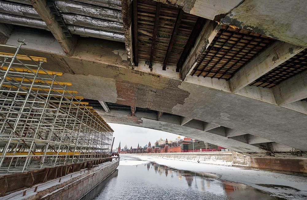 Капремонт Большого Москворецкого моста