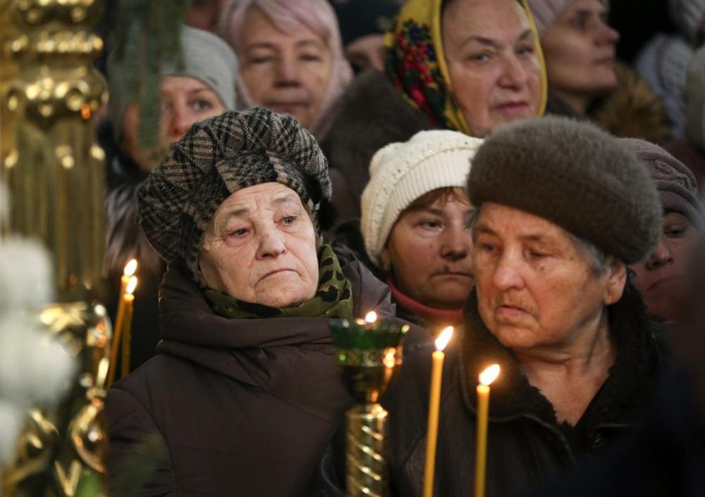 Православные верующие на Украине
