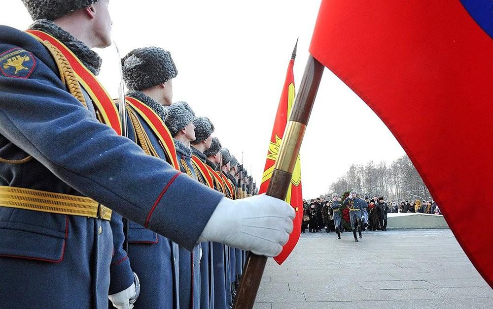 Траурные мероприятия на Пискаревском кладбище