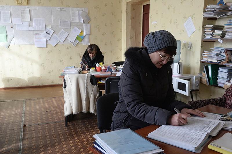 Украинских учителей принуждают голосовать за Порошенко