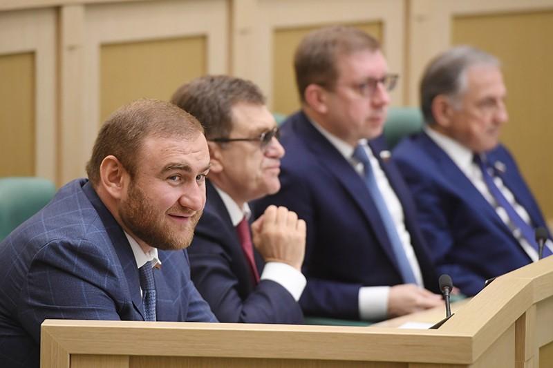Рауф Арашуков (слева)