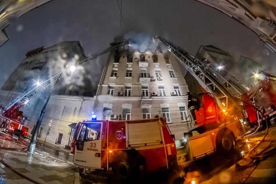 Пожар в доме на Никитском бульваре