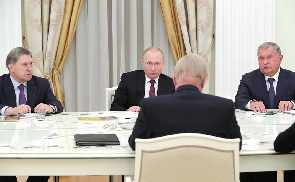 """Владимир Путин и глава """"Бритиш петролеум"""" Роберт Дадли"""