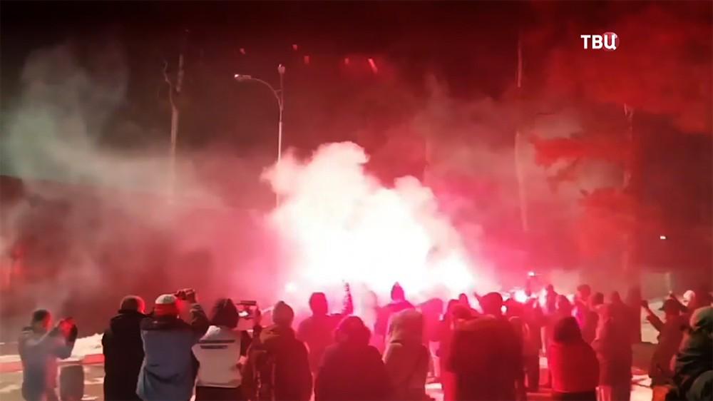 Украинские радикалы устроили беспорядки