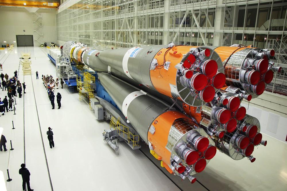 """Вывоз ракеты """"Союз-2.1а"""" на стартовый комплекс"""
