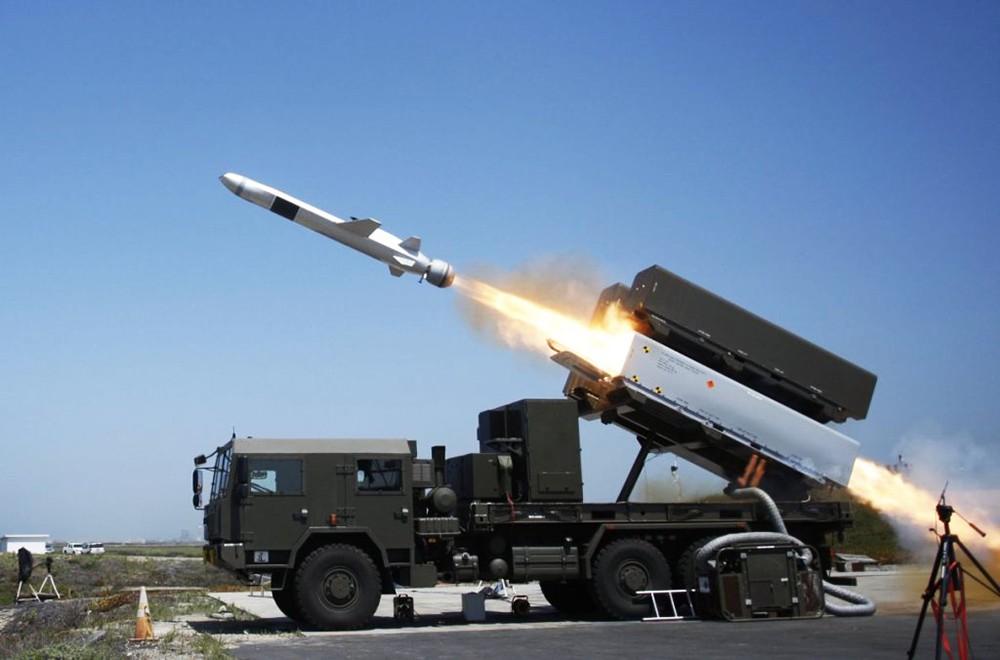 Польский береговой подвижный ракетный комплекс. Крылатая ракета Naval Strike Missile