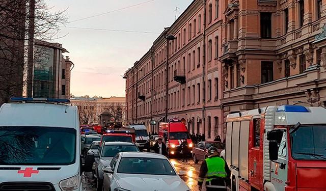 В здании университета ИТМО в Петербурге произошло обрушение