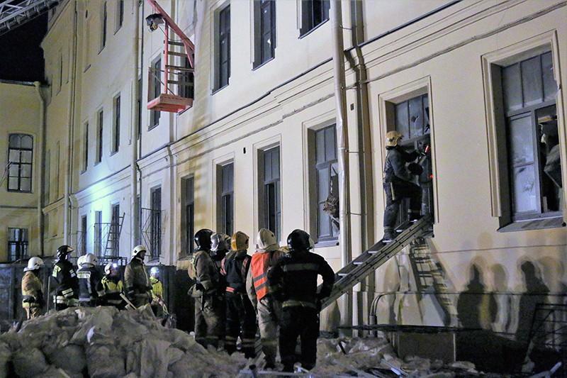 Обрушение плит перекрытия в здании Санкт-Петербургского НИУ ИТМО