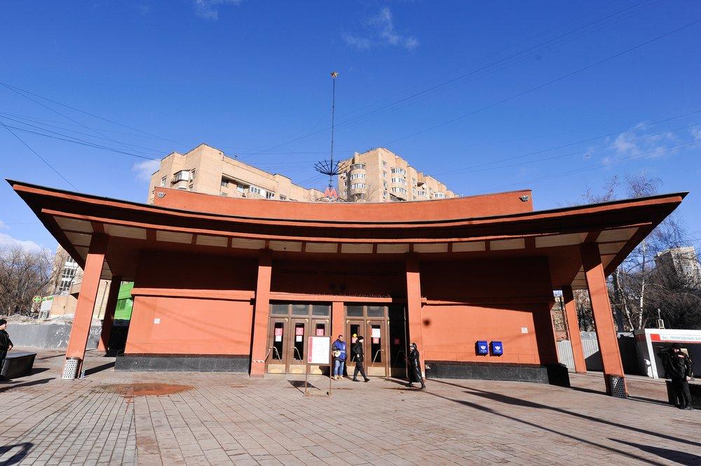 """Станция метро """"Красносельская"""""""