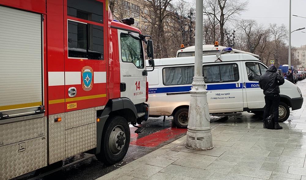 Пожарные и полиция