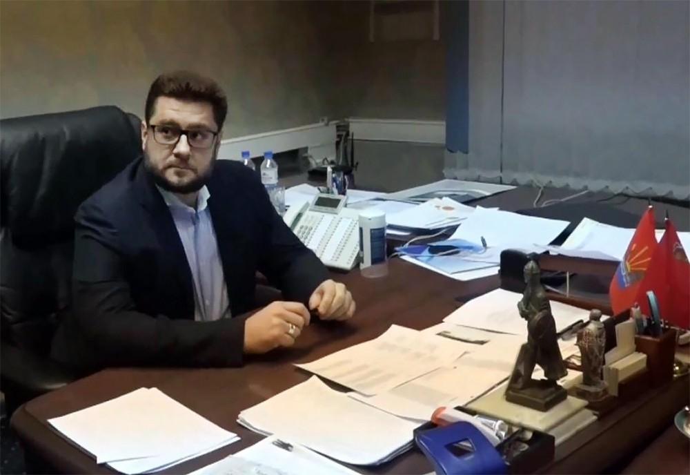 Задержание и.о. главы города Дзержинского Сергея Грибинюченко