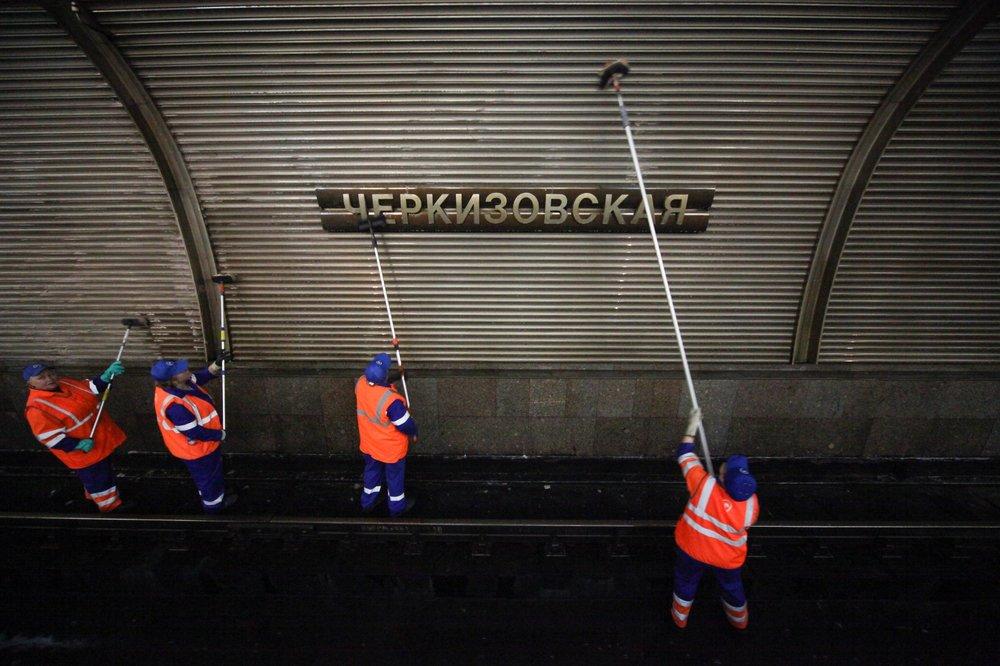 Генеральная уборка закрытых станций Сокольнической линии метро