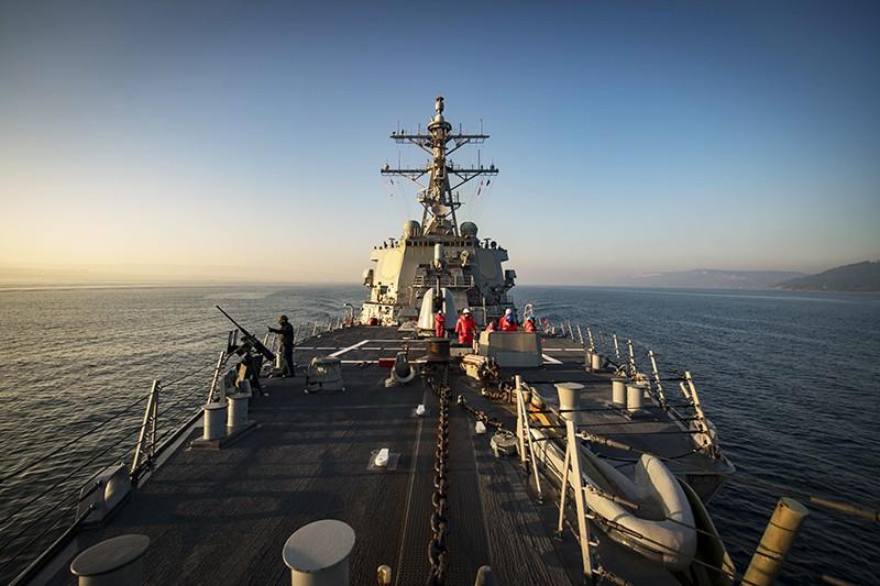 """Крейсер ВМС США """"Дональд Кук"""""""