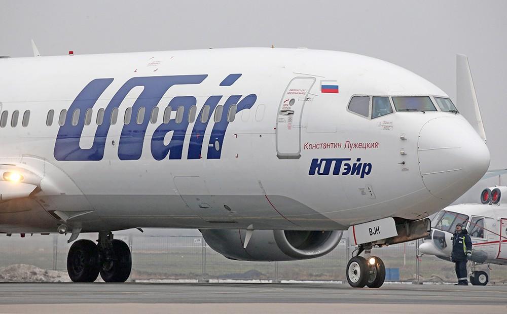"Самолет Boieng 737 авиакомпании ""ЮТэйр"""