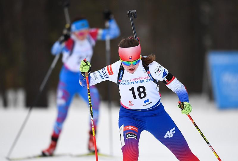 Лаура Мария Хованова на дистанции индивидуальной гонки среди женщин в соревнованиях по биатлону