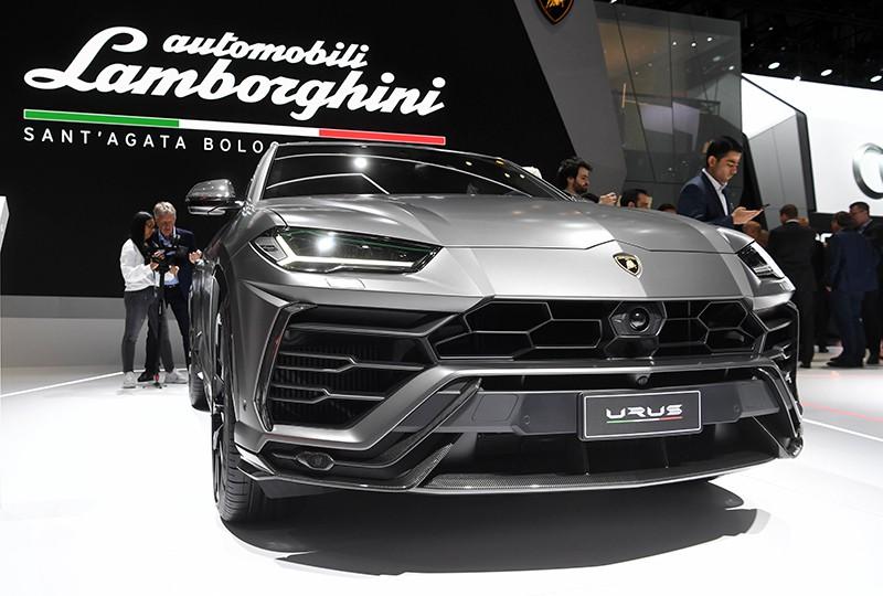 Кроссовер Lamborghini Urus на Международном Женевском автосалоне 2019