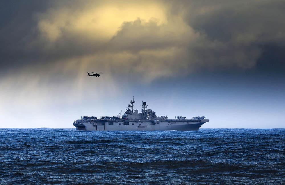 Корабль сил НАТО