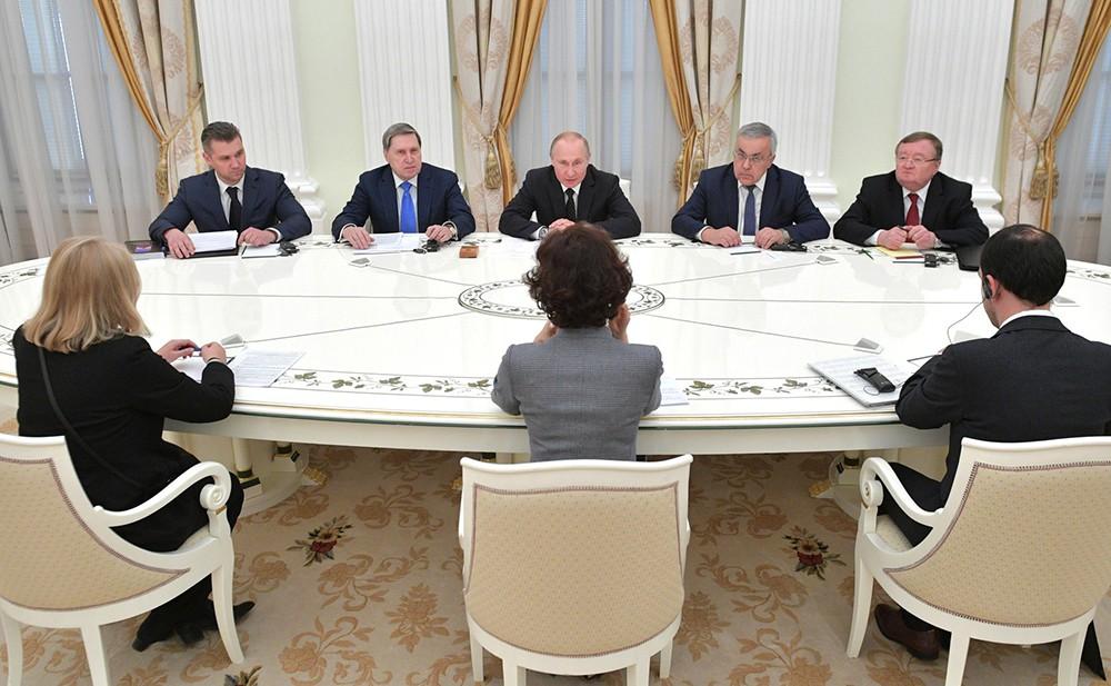 Владимир Путин и гендиректор ЮНЕСКО Одре Азуле
