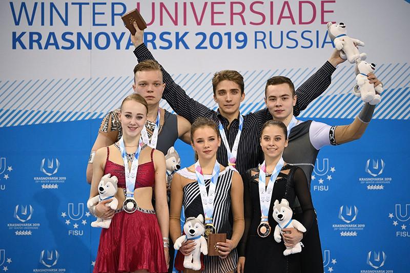 Призеры соревнований в произвольной программе парного фигурного катания на XXIX Всемирной зимней Универсиаде 2019