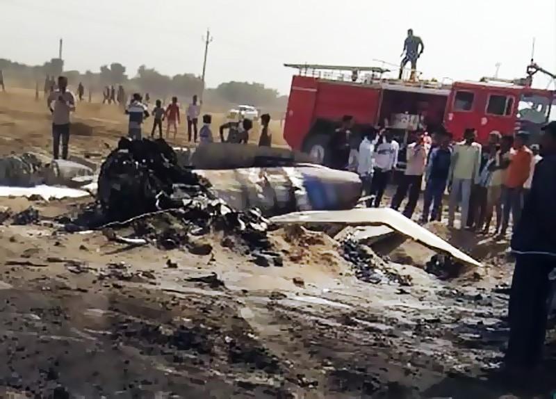 Последствия падения истребителя МиГ-21 ВВС Индии