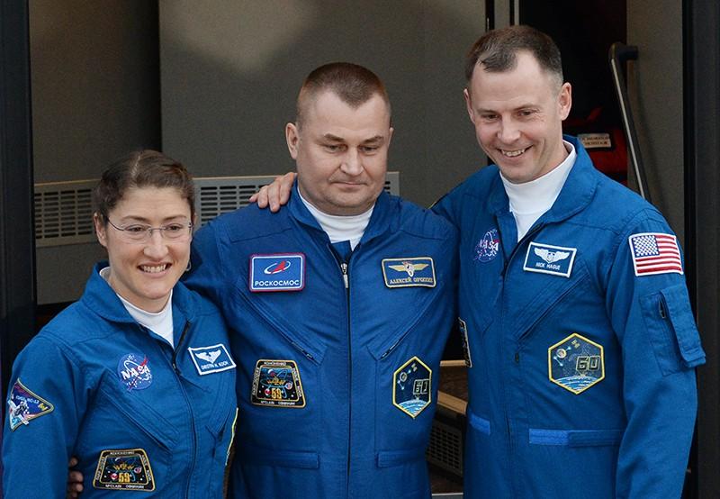 Астронавт NASA Кристина Кох, космонавт Роскосмоса Алексей Овчинин и астронавт NASA Ник Хейг
