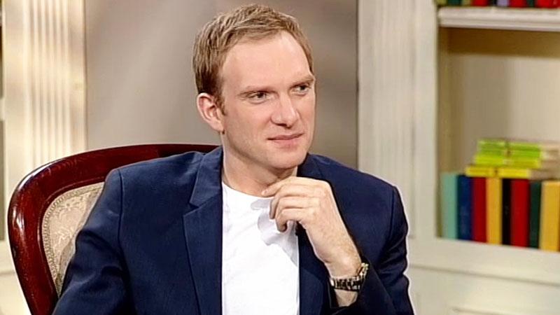 Moj Geroj Andrej Burkovskij Kvn Dal Mne Ochen Mnogo No On Ostalsya V Proshlom Tv Centr Oficialnyj Sajt Telekompanii