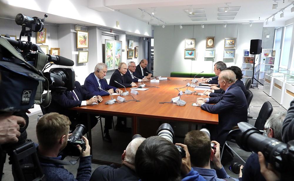 Встреча Владимира Путина с представителями общественности Французской Республики