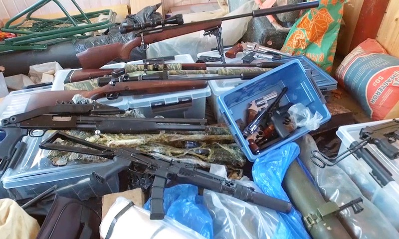 Оружие, найденное в результате оперативно-разыскных мероприятий ФСБ в Московской области