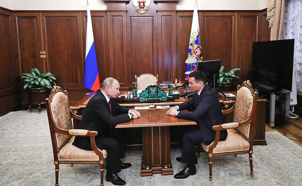 Владимир Путин и Бату Хасиков