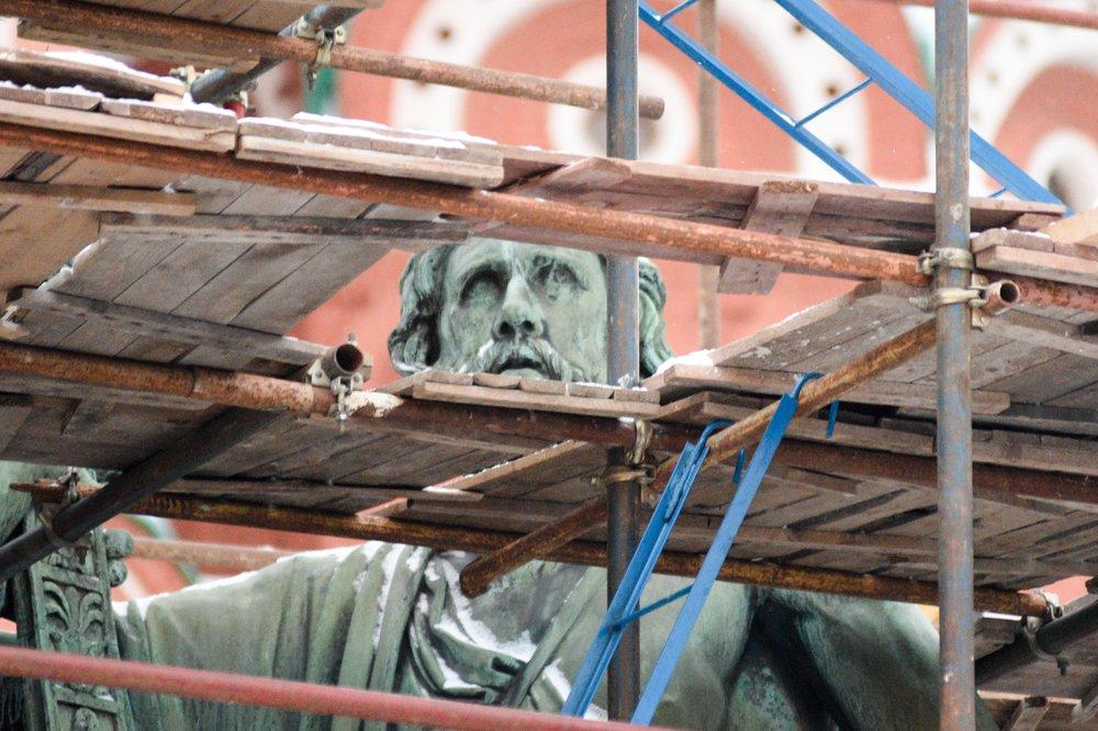 Реставрация памятника Минину и Пожарскому на Красной площади
