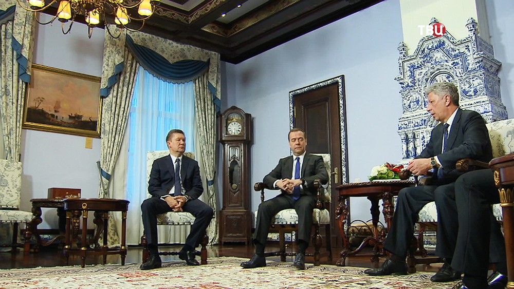 Алексей Миллер, Дмитрий Медведев и Юрий Бойко